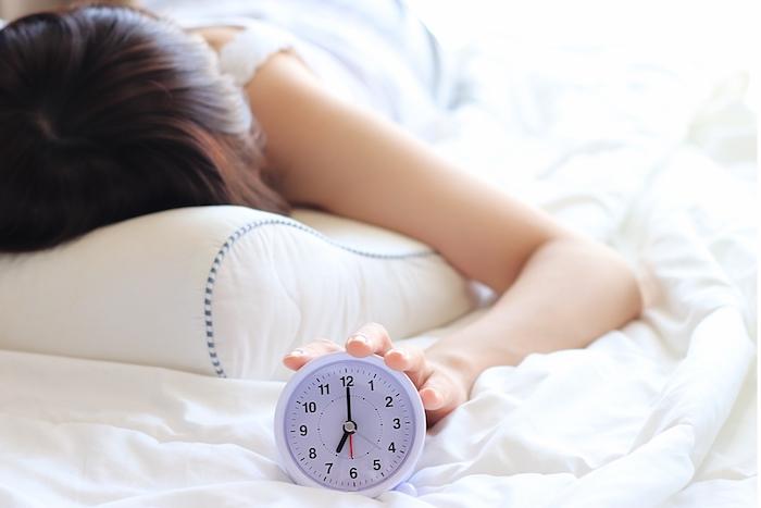 睡眠時間6時間未満の人にしのび寄る「睡眠負債」。命を削る行為、あなたはしていない…